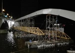 "Leitungsbrücke über den Neckar neben der bestehenden Straßenbrücke ""Gaisburger Brücke"""