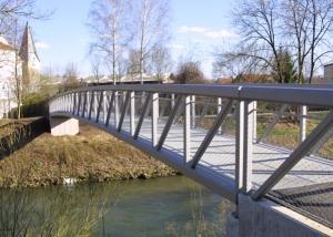 Geh- und Radwegbrücke über die Fils in Göppingen-Faurndau