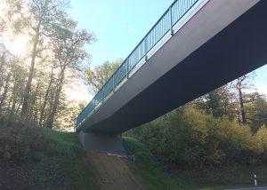 Wirtschaftswegbrücke über die B295 bei Weilimdorf